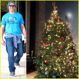 Robert Downey Jr. Has a Fake Oscar Next to His Christmas Tree