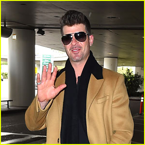 Robin Thicke Returns to L.A. After Starting a New Relationship with a 19-Year-Old