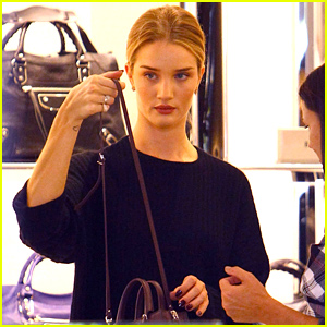 Rosie Huntington-Whiteley Buys Herself A Little Pre-Christmas Gift!