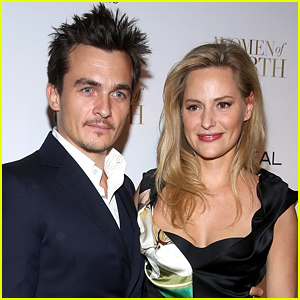 Homeland's Rupert Friend Is Engaged to Athlete Aimee Mullins!