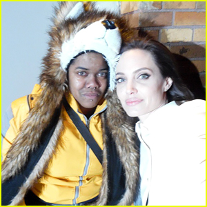 See the Selfie That Angelina Jolie Took with a Crying Fan