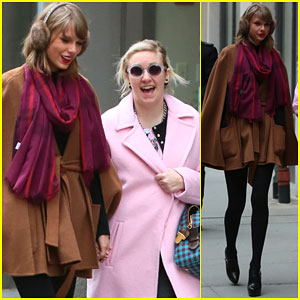 Taylor Swift & Lena Dunham Hold Hands After Grabbing Lunch