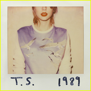 Taylor Swift Remains Number 1 on the 'Billboard' Charts for the 4th Week in a Row!
