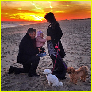Alec & Hilaria Baldwin Reveal Pregnancy on New Year's Day!