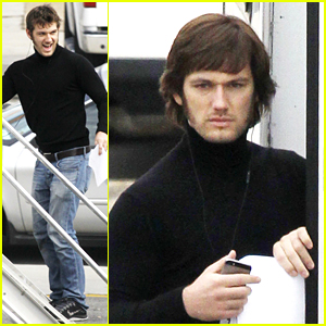 Alex Pettyfer Wears a Wig, Debuts New Look for 'Elvis & Nixon'
