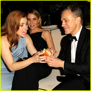 Amy Adams Fights Christoph Waltz for a Cheeseburger at Golden Globes Party 2015!