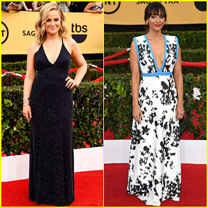 Amy Poehler Gets Support from Rashida Jones at the SAG Awards 2015!