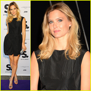 Bar Refaeli Travels to Berlin for Stylight Fashion Influencer Awards!