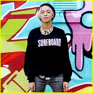 Beyonce Has a 'Surfboard' iPhone Case, Of Course!
