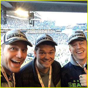 Celebrities Celebrate Seattle Seahawks in Super Bowl 2015 - Read the Tweets!