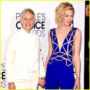 Ellen DeGeneres & Portia de Rossi Hold Hands at the People's Choice Awards 2015!