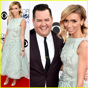 E!'s Giuliana Rancic & Ross Mathews Kick Off People's Choice Awards 2015 Red Carpet!