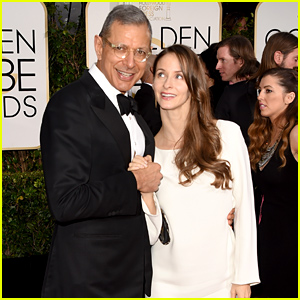 Jeff Goldblum's Pregnant Wife Emilie Debuts Her Baby Bump at the Golden Globes 2015!