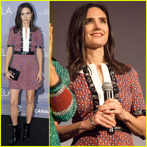Jennifer Connelly Shows Off Her Legs at 'Aloft' Spain Premiere!