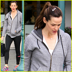 Jennifer Garner Can't Do 'Extreme' Diets, But Also Can't Resist Her Pizza!
