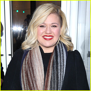 Kelly Clarkson Had a 'Horrible Pregnancy' with Daughter River, Had to Be Hospitalized