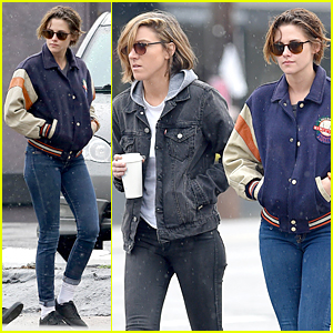 Kristen Stewart & Alicia Cargile Pick Up Coffee During Golden Globes Weekend