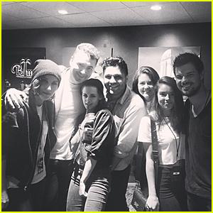 Kristen Stewart & Taylor Lautner Have 'Twilight' Reunion at Sam Smith's Concert