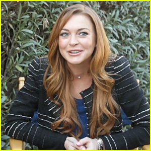 Lindsay Lohan Gives Us Sneak Peek of Super Bowl 2015 Commercial - Watch Now