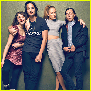 It Follows' Maika Monroe & Daniel Zovatto Pose For Portraits At Sundance 2015