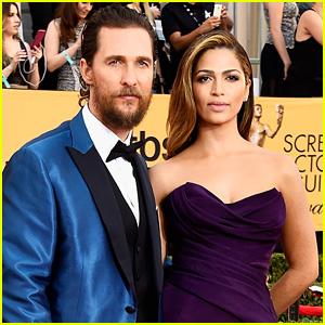 Matthew McConaughey Opts for Royal Blue at SAG Awards 2015
