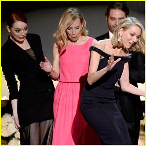 Naomi Watts Trips on Emma Stone's Dress at SAG Awards 2015