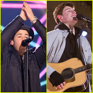 Nick Jonas & Shawn Mendes Duet on New Year's Eve (Video)