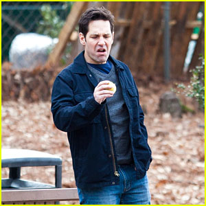 Paul Rudd Looks Horrified By His Snack On Set
