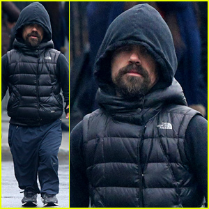 Game of Thrones' Peter Dinklage Braves the Rain with His Pup Kevin!