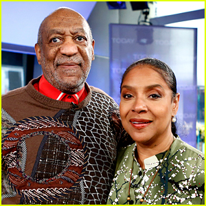 Phylicia Rashad Defends Bill Cosby: 'Forget These Women'