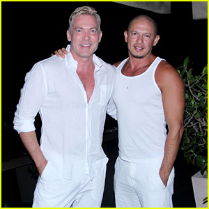 Sam Champion Rings In the New Year with Husband Rubem Robierb
