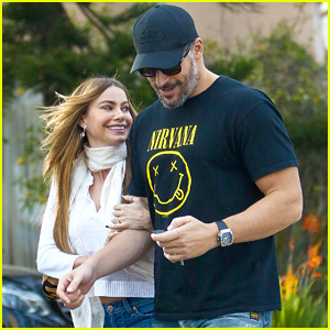 Sofia Vergara & Joe Manganiello Look Very In Love After Their Meditation Session!