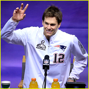Tom Brady's Wife & Kids Send Him Love on Super Bowl 2015 Media Day!