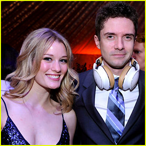 Topher Grace: Engaged to Ashley Hinshaw - See Her Ring!