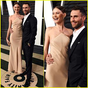 Adam Levine & Behati Prinsloo Goof Around at Vanity Fair Oscar Party