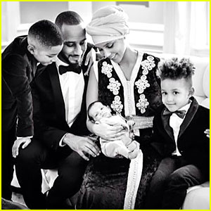 Alicia Keys Shares First Picture of Her New Baby Genesis Dean