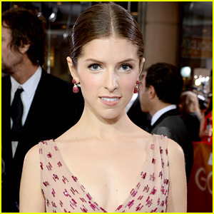 Anna Kendrick's Super Bowl 2015 Live Tweets Are Must Read Funny!