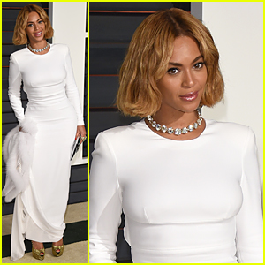 Beyonce's Diamond Necklace Grabs Our Attention at Vanity Fair Oscar Party 2015
