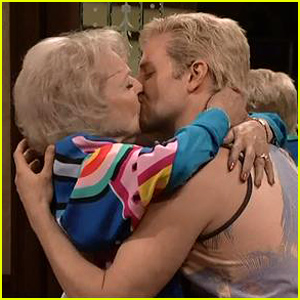 Bradley Cooper & Betty White Kiss for Californians 'SNL 40' Sketch - Watch Now!