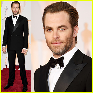 Chris Pine Shows Some Scruff at the Oscars 2015