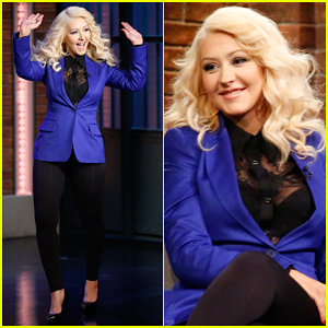 Christina Aguilera Impersonates Samantha Jones from 'Sex and the City' on 'Late Night' - Watch Now!