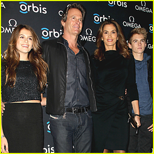Cindy Crawford's Gorgeous Family Is Just Perfect at Rare Red Carpet Event