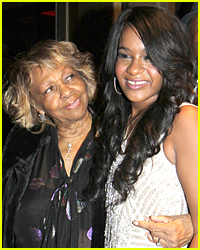 Whitney Houstons Mom Cissy Visits Bobbi Kristina Brown At Hospital