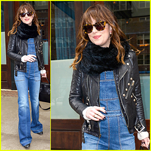 Dakota Johnson's 'Fifty Shades of Grey' Grossed More Than 7 Best Picture Oscars 2015 Nominees