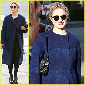 Dianna Agron Loved Katy Perry's Dancing Sharks During Super Bowl 2015 Halftime Show