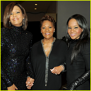 Dionne Warwick Hospitalized After Eerie Shower Accident