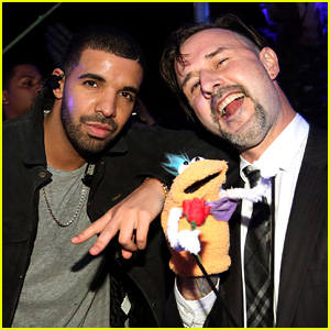 Drake Hosts Bootsy Bellows Party Before Super Bowl 2015