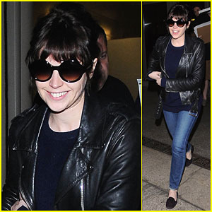 Felicity Jones Lands in Los Angeles Just In Time For Oscars' Weekend