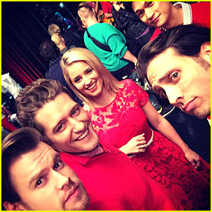 Lea Michele & Naya Rivera Wrap Up Last Week of Filming 'Glee' - See The Cast Tweets!
