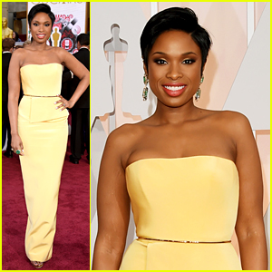 Jennifer Hudson Stuns Before Performing at Oscars 2015!